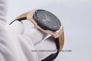HUBLOT Pria Classic Fusion Berluti Chronograph 45mm Limited Edition Black Rose Gold KW Super AAA Realpict Bagian Samping 2