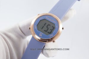 AC 9337 LH Digital Blue Rubber 38mm Hands ON 2